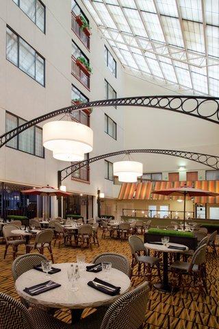 фото Holiday Inn Boston Brookline 488190238