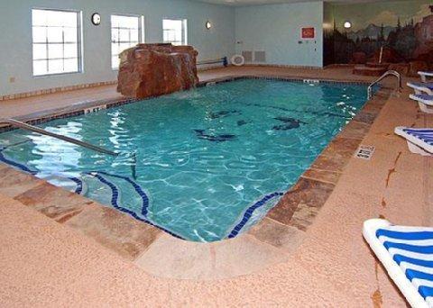 фото Comfort Suites Bridgeport 488190346