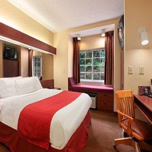 фото Microtel Inn & Suites by Wyndham Raleigh 488190390
