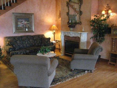 фото Crossings by GrandStay Inn and Suites 488190559