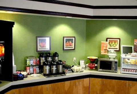 фото Fairfield Inn & Suites Savannah I-95 South 488190817