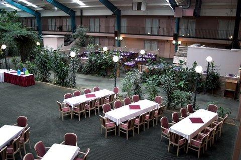 фото Rodeway Inn Cow Palace 488190965