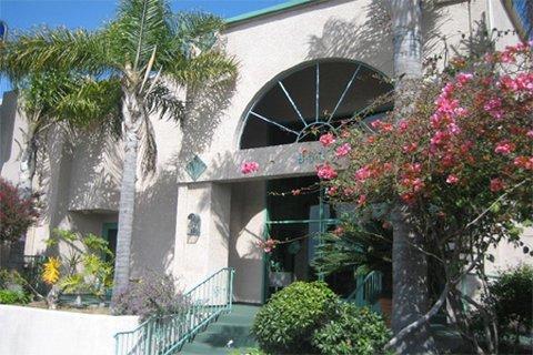 фото Holiday Inn Express Manhattan Beach 488191933