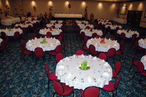 фото Seven Feathers Casino Resort 488193223