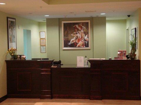фото Ambassador Inn & Suites 488193288