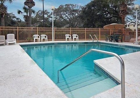фото Quality Inn & Suites 488194886