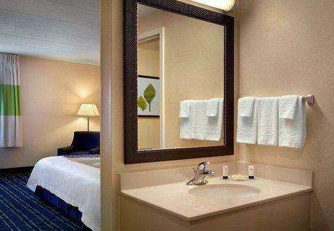 фото Fairfield Inn By Marriott Manchester 488194964