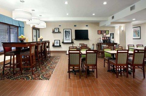 фото Hampton Inn Atlanta - Stockbridge 488195129