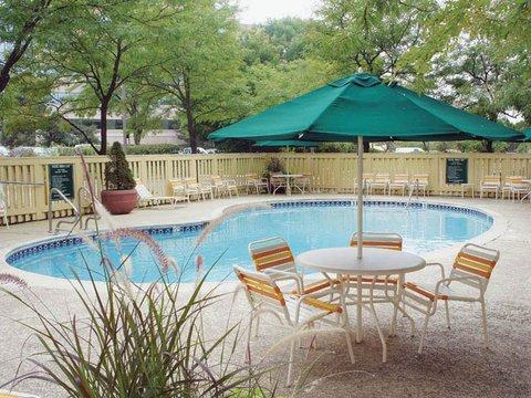 фото La Quinta Inn Arlington Height 488195966