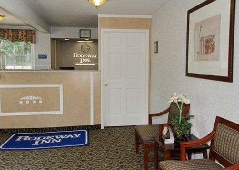 фото Rodeway Inn Coldwater 488197358