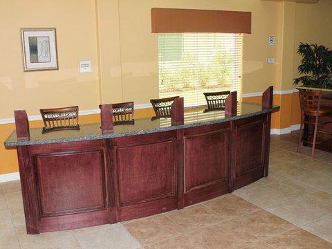 фото La Quinta Inn & Suites Houston Channelview 488197843