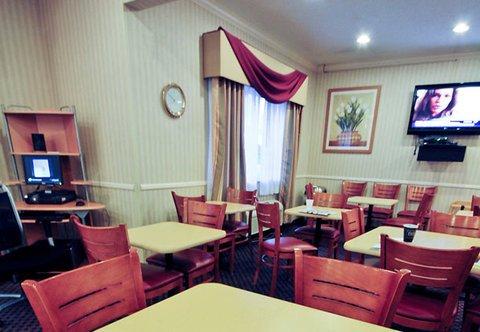 фото Fairfield Inn & Suites Oshkosh 488198620