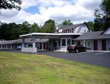 фото Knights Inn Poconos/Bartonsville 488199854