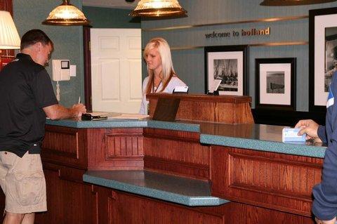 фото Hampton Inn Holland 488203290