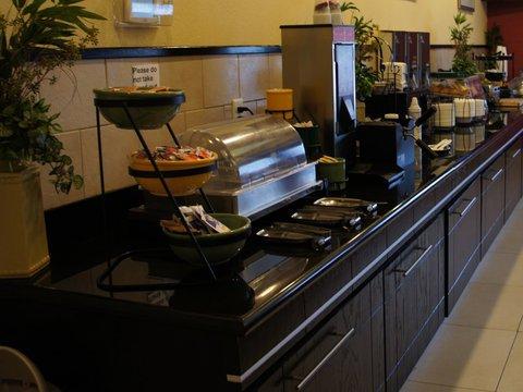 фото La Quinta Inn & Suites Lumberton 488204798