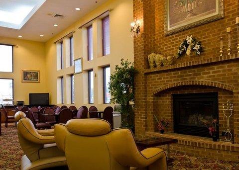 фото Comfort Suites Hagerstown 488208017
