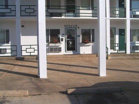 фото Budget Deluxe Motel 488208658