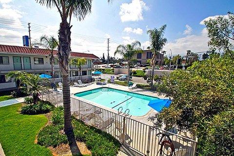 фото Motel 6 Corona 488208782