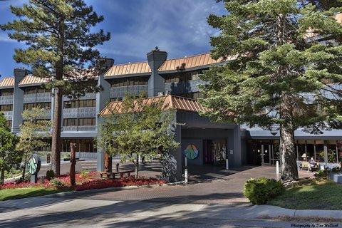 фото Tahoe Seasons Resort 488208932