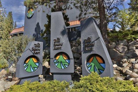 фото Tahoe Seasons Resort 488208933