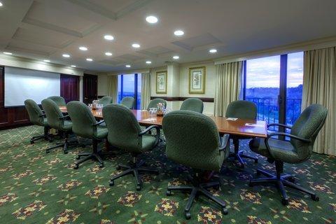 фото Radisson Hotel Cincinnati Riverfront 488211930