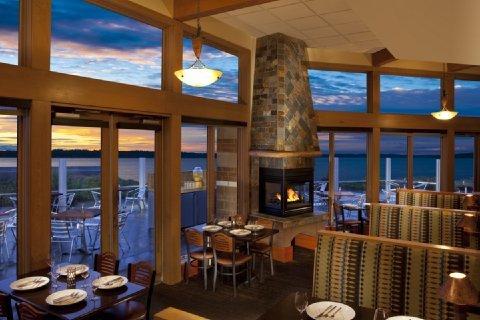 фото Woodmark Hotel Yacht Club & Spa 488212248