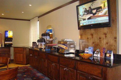 фото Holiday Inn Express New Albany 488212544