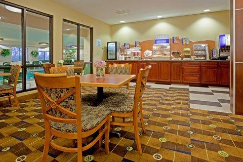 фото Holiday Inn Exp Sheboygan Kohler I-43 488214769