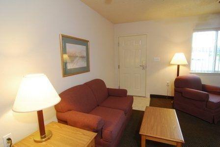 фото Affordable Suites Lexington 488214905