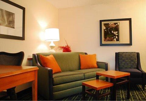 фото Fairfield Inn & Suites Hattiesburg 488215768