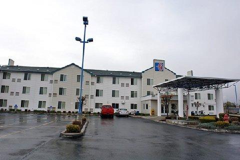 фото Motel 6 Redmond 488216473
