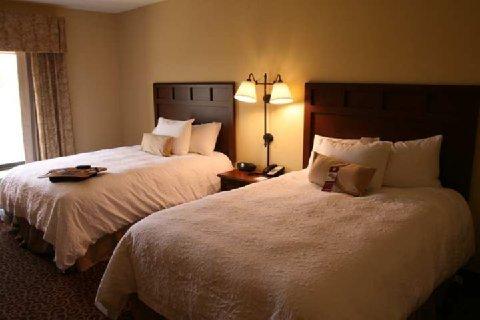 фото Hampton Inn & Suites Madisonville 488219978