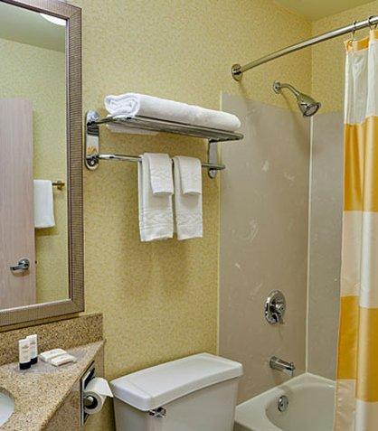 фото Fairfield Inn & Suites Merrillville 488223210