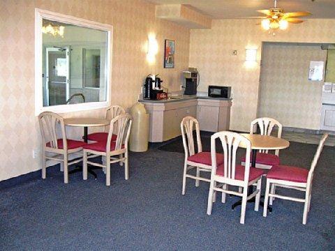 фото Motel 6 Nephi 488225758