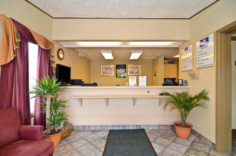 фото Americas Best Value Inn Canton Detroit 488225777