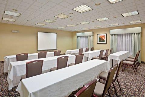 фото Holiday Inn Express Hotel & Suites Ann Arbor 488227455
