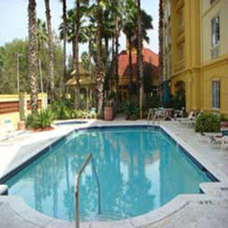 фото La Quinta Inn & Suites Tampa Brandon Regency Park 488229143