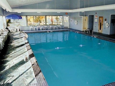 фото Holiday Inn Express Mackinaw City 488229523