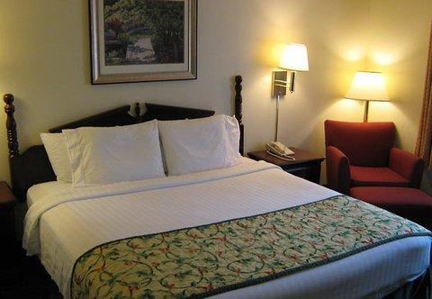 фото Fairfield Inn By Marriott Beaumont 488229975