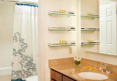 фото Residence Inn by Marriott Tysons Corner 488230814