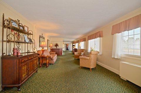 фото Best Western Pier Inn & Suites 488237502