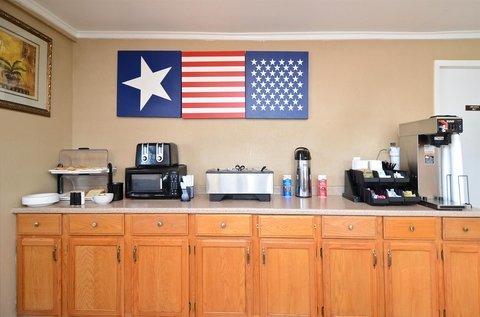 фото Americas Best Value Inn Crosstimbers 488237561