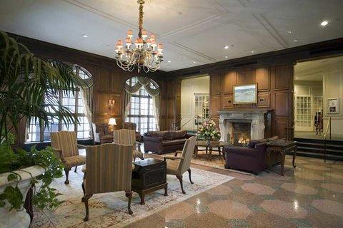 фото Hotel Roanoke & Conference Center 488237631