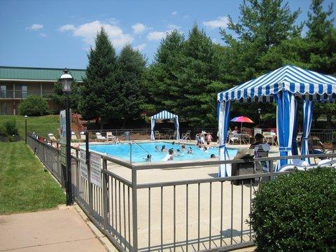 фото Holiday Inn Harrisburg-West 488238285