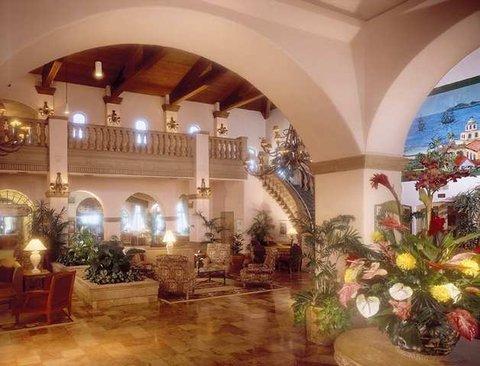 фото Embassy Suites Mandalay Beach - Hotel & Resort 488239650
