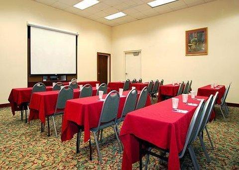 фото Clarion Inn & Suites Northwest 488240983