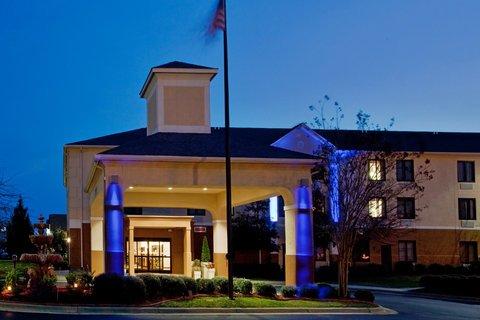 фото Holiday Inn Express Clayton 488242801