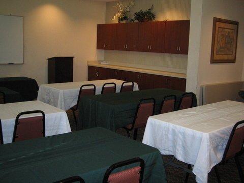 фото Holiday Inn Express Clayton 488242816