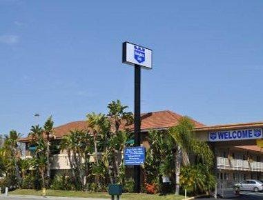 фото Days Inn Anaheim Buena Park 488245307