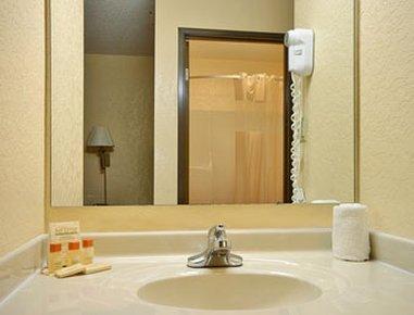 фото Quality Inn & Suites 488246363